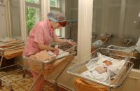 Бумажное свидетельство о рождение в России может стать лишним