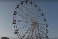 Ужасы нашего городка: волгоградский ветер раскачивает чертово колесо