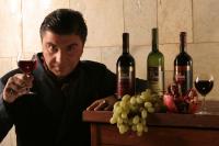 Более одной трети россиян считает алкоголь безвредным
