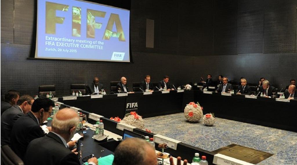 Источник: комитет по этике ФИФА начал расследование в отношении Мутко