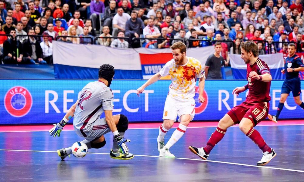 Сборная россии по мини-футболу вырвала в дополнительное время победу над сербией и в третий раз подряд вышла в финал